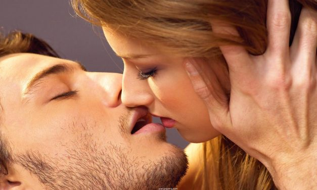 7 Ways to Stop Cold Sores from Ruining Your Relationship